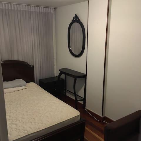 Agradable habitación en lindo lugar
