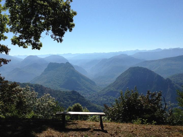 L'Espinal : Cabanes perchées en pleine montagne