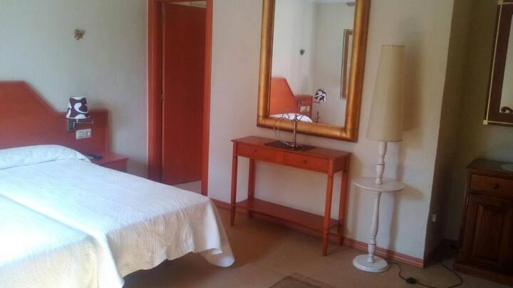 Hotel Cruz de Gracia - Doble 2 camas. Baño completo - Tarifa estandar