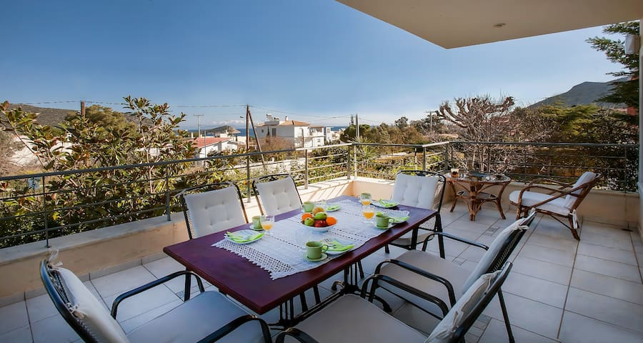 Luxury apartments with sea views, patio and BBQ. - Anatoliki Attiki - Apartment