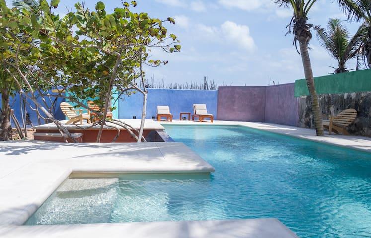 Cancun Guest Houses Beach
