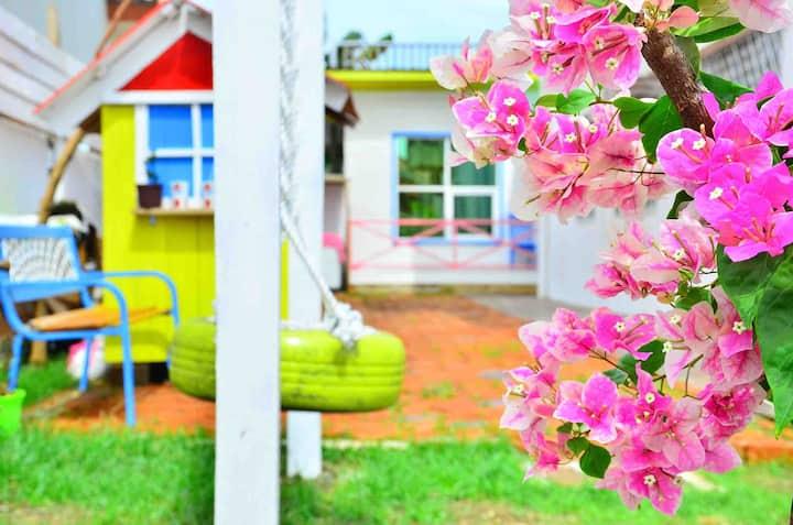 未知花园别墅木屋大床房(Un-garden Villa king bed room)