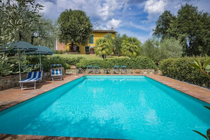 Campanaro - country house with private pool. Lucca