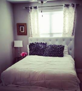 Modern spacious 1 bed luxury feel - Brentwood