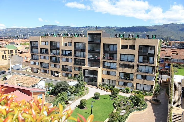 Apartamento con chimenea,  excelente sector¡