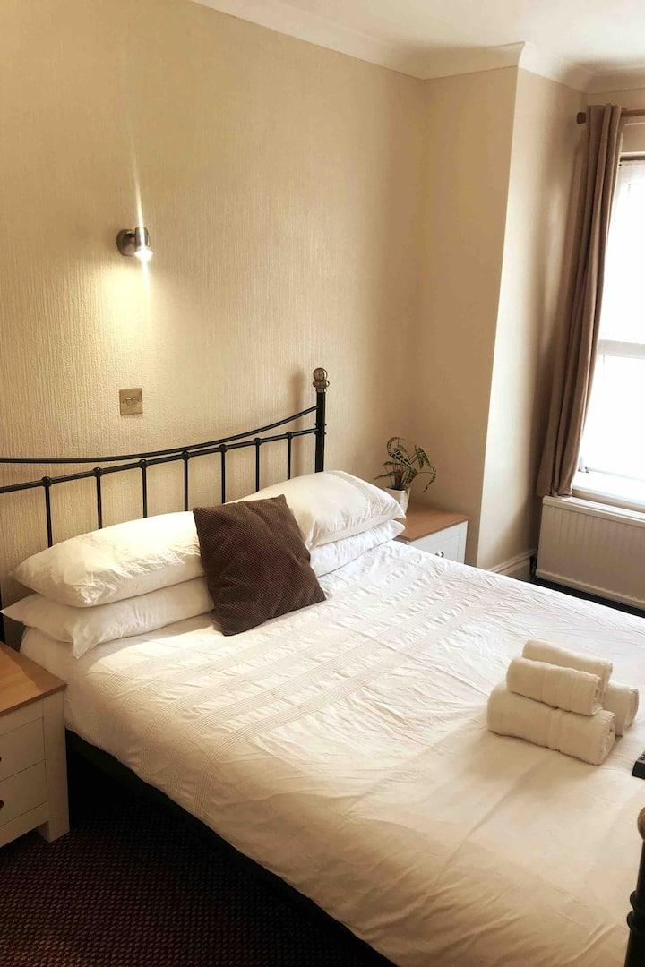 Private room in centre of Brighton