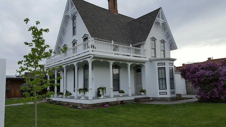 The Wisdom House est. 1878