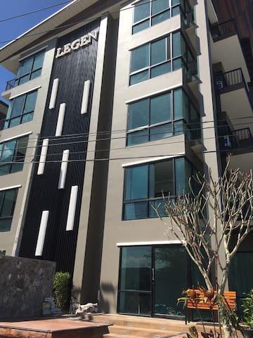 Legen คอนโด คอนโดหรูใกล้อมตะนคร - Chon Buri - Serviced apartment
