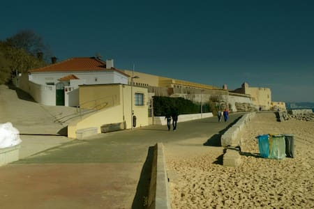 Beach House, near Lisbon (10 seconds to the beach) - Oeiras