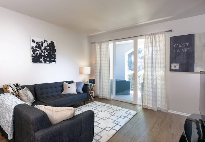 Everything you need | 1BR in Marina Del Rey