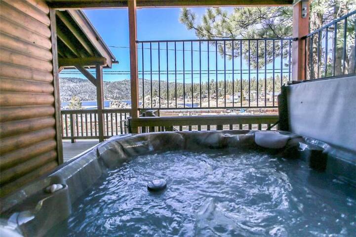 Hot Tub (3)