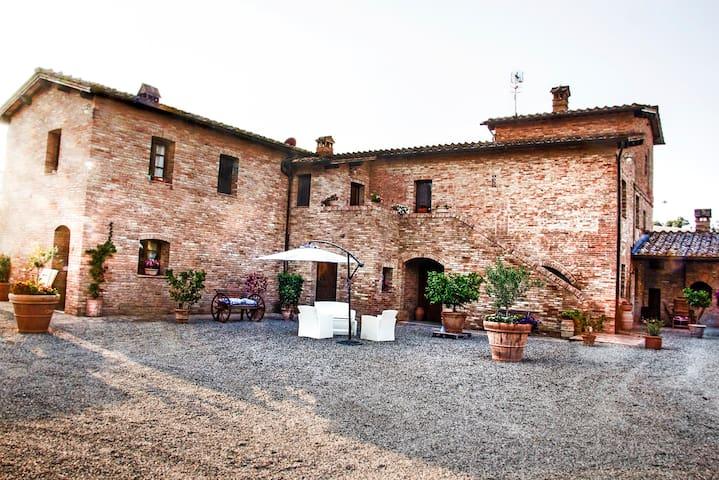 Siena, Monteroni d'Arbia, Appartamento Il Pozzo