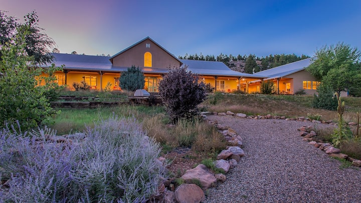 Villa on 186 acres, Event Hall, and Hot tub