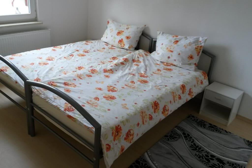 Variante - 1 - Doppelbett ( 2 Betten zusammen)