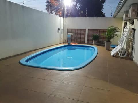 Linda Casa com piscina e Areá Gourmet