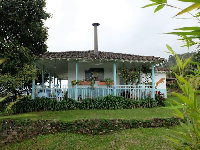 Una acogedora casita de campo cerca de Medellín - Retiro - Haus