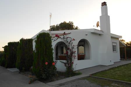 Gennadi Sea Maridina Villa - Gennadi