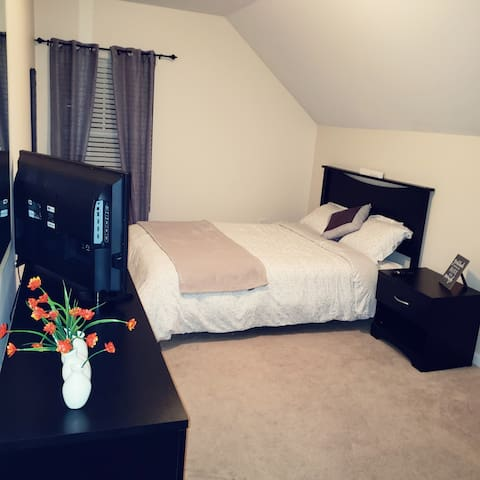 Cozy Minimalist Private Room Near I85, I26 & US29