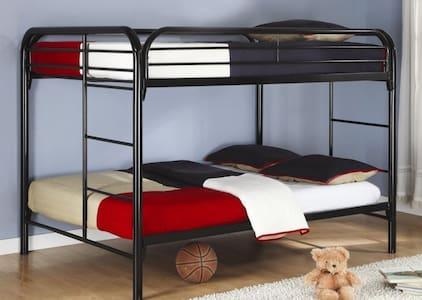 4 cosy beds for you in Mühldorf am-Close to MUNICH - Mühldorf am Inn - Wohnung