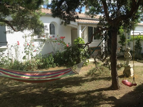 Single-storey house 5 minutes from La Rochelle and Ré