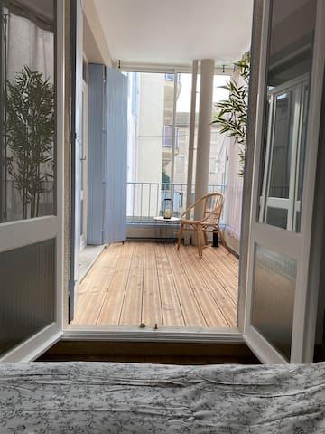 T2 en hypercentre avec terrasse et parking privé