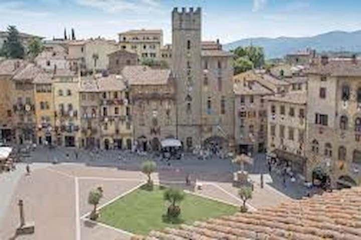 Oasis  for  singles  !!  Hearth of tuscany !