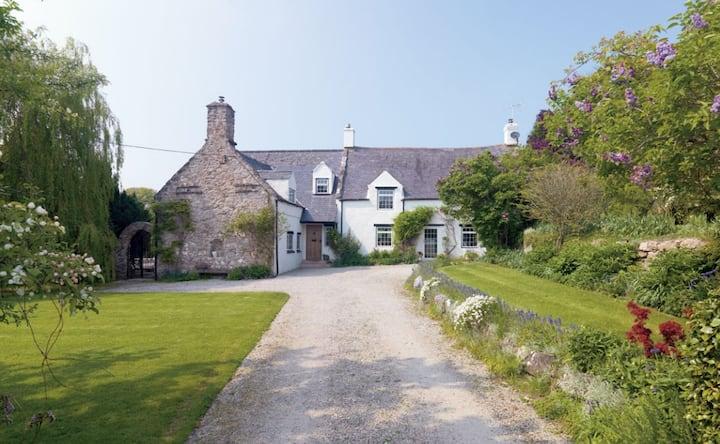 Idyllic farm stay set in glorious countryside