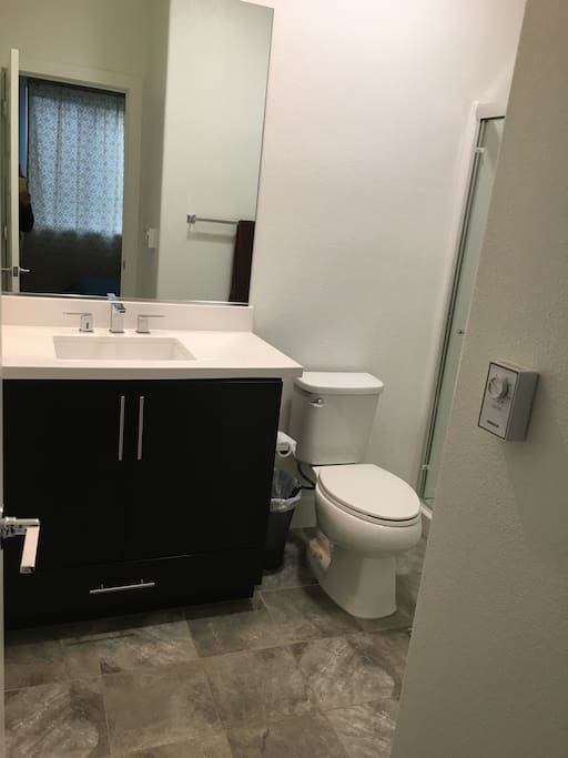 Extremely Clean & unused Bathrooms