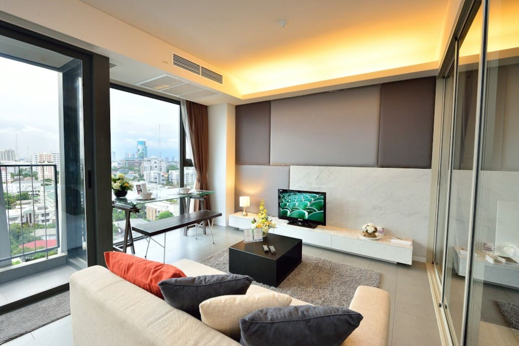Living space with stunning view of Bangkok