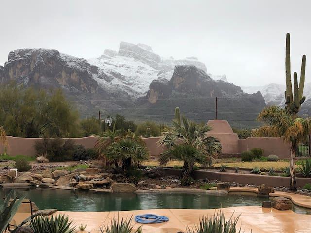 Desert retreat with amazing amenities.