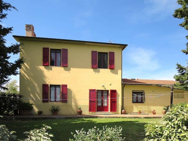Apartment Podere Campo Fiorito for 4 persons