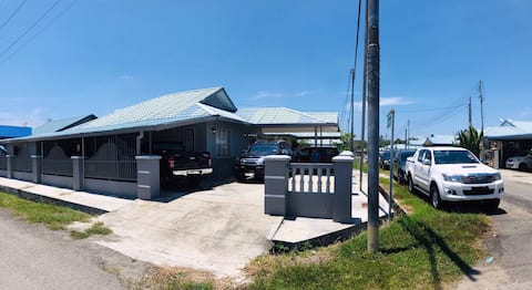 Detached house, big homestay in Kudat, Sabah