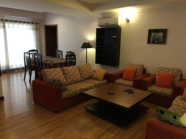 Kathmandu Apartment: spacious 3 BD - Kathmandu - Apartemen