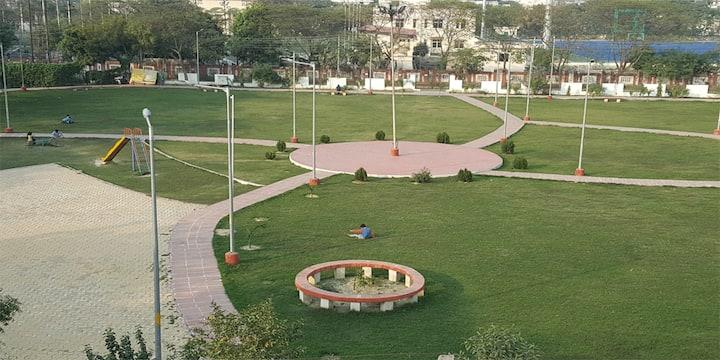 Oga,  Vijayant Khand 2