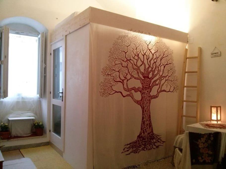 ward robe cabinet