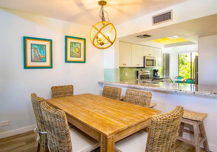 Marathon Key Beach Club 2/2 condo poolside  pool, tennis courts, hot tub, BBQ area, some dockage available