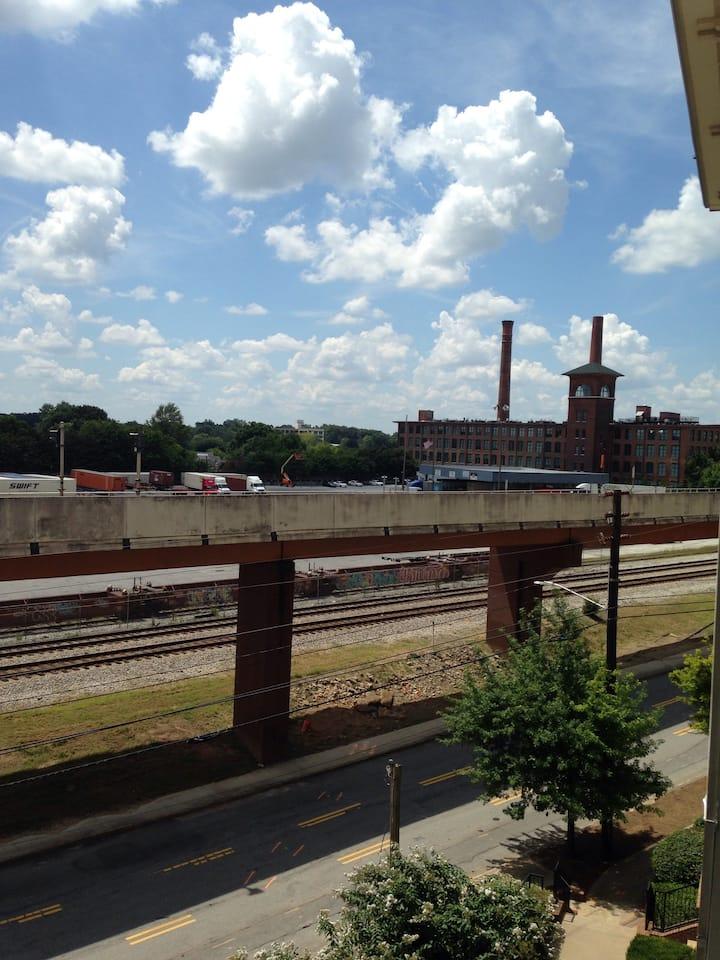 Atlanta Loft/Stadium close by  (Newly Renovated)