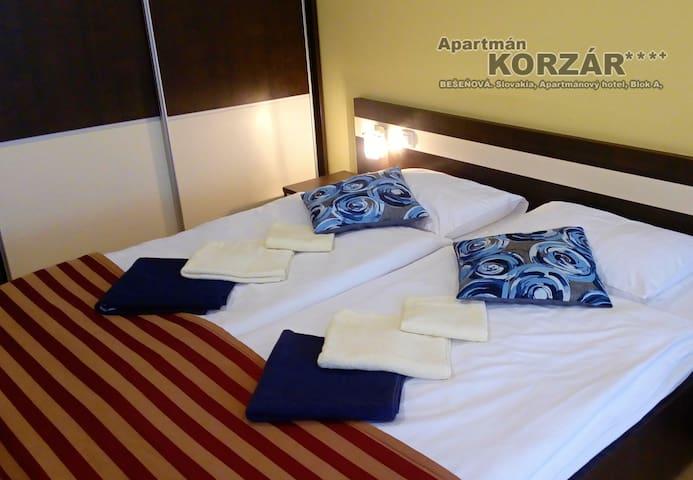 Apartmán Korzár***  Aquapark Ginoparadise Bešeňová - Bešeňová - Boutique-Hotel