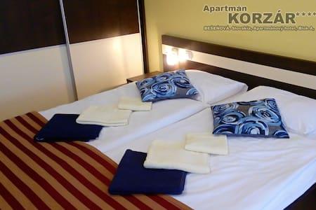 Apartmán Korzár***  Aquapark Ginoparadise Bešeňová - Bešeňová - Boutique hotel