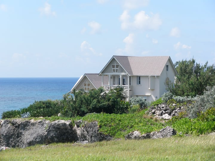 Crow's Nest - Cliff Front/ Ocean Views/ Quiet