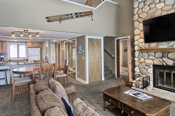 Little Lodge - Book Your Ski Getaway Today!
