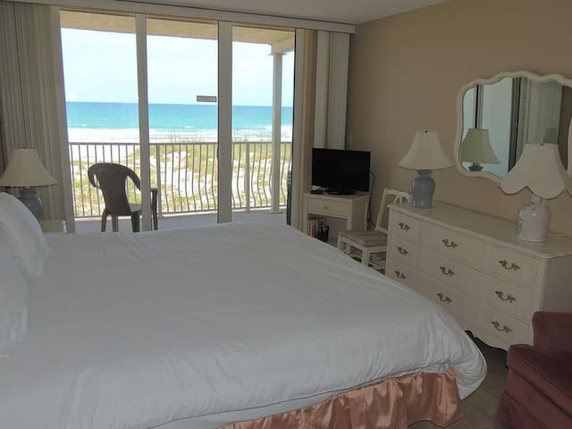OCEANFRONT! Beautiful Ocean Beach Villas Unit 302!