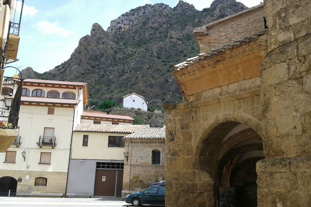plaza de Arnedillo