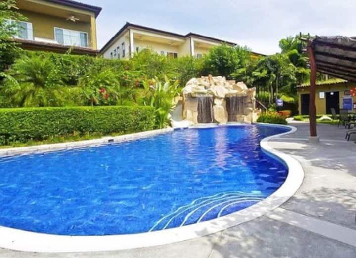Casa Los Sueños Playa Herradura! 8 adultos + niños