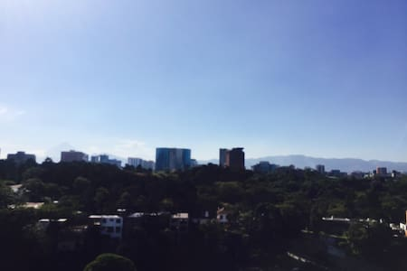 The best view in Guatemala City - Guatemala - Pis