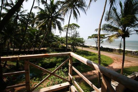 Kundapura Homestay: Deluxe Beach Room with Balcony