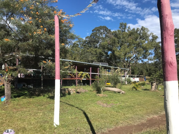 Bushland Experience on 150 acres. Pet friendly