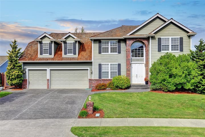 Charming home on Golf Course - Tacoma - House
