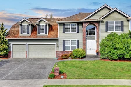 Charming home on Golf Course - Tacoma - Casa