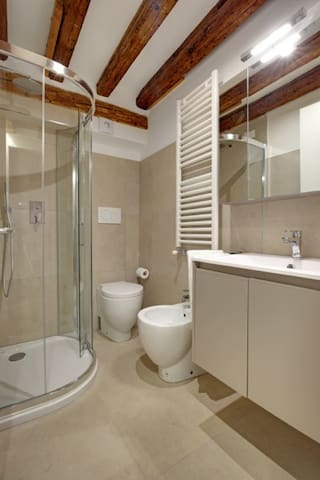 Double room with shared bathroom @Ca' Bibi Venezia
